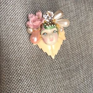 Pin/ brooch by designer and artist Wendy Gell